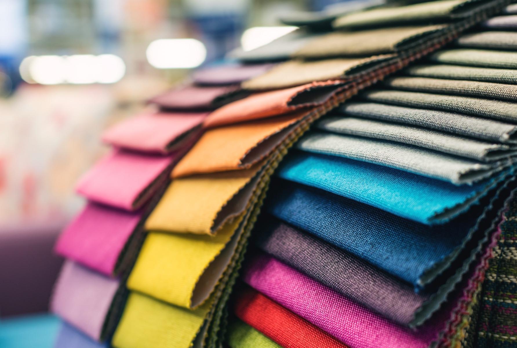 Das Foto zeigt verschiedene Farben.
