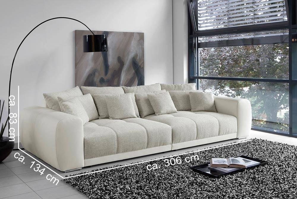 Das Bild zeigt ein Big Sofa in Weiß.