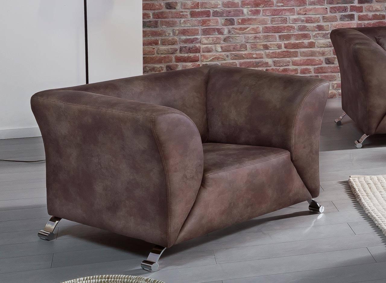 Das Bild zeigt einen Sessel im Industrial Stil.