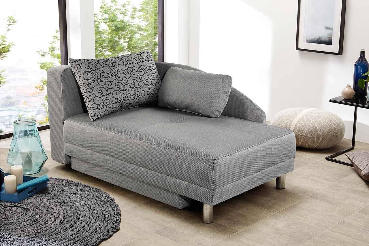 Das Bild zeigt ein modernes Sofa.