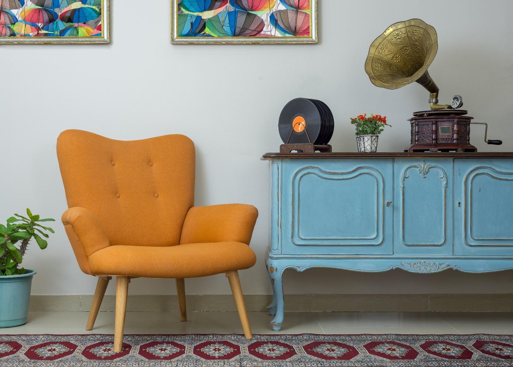 Das Bild zeigt Wohnzimmermöbel im Vintage Stil.
