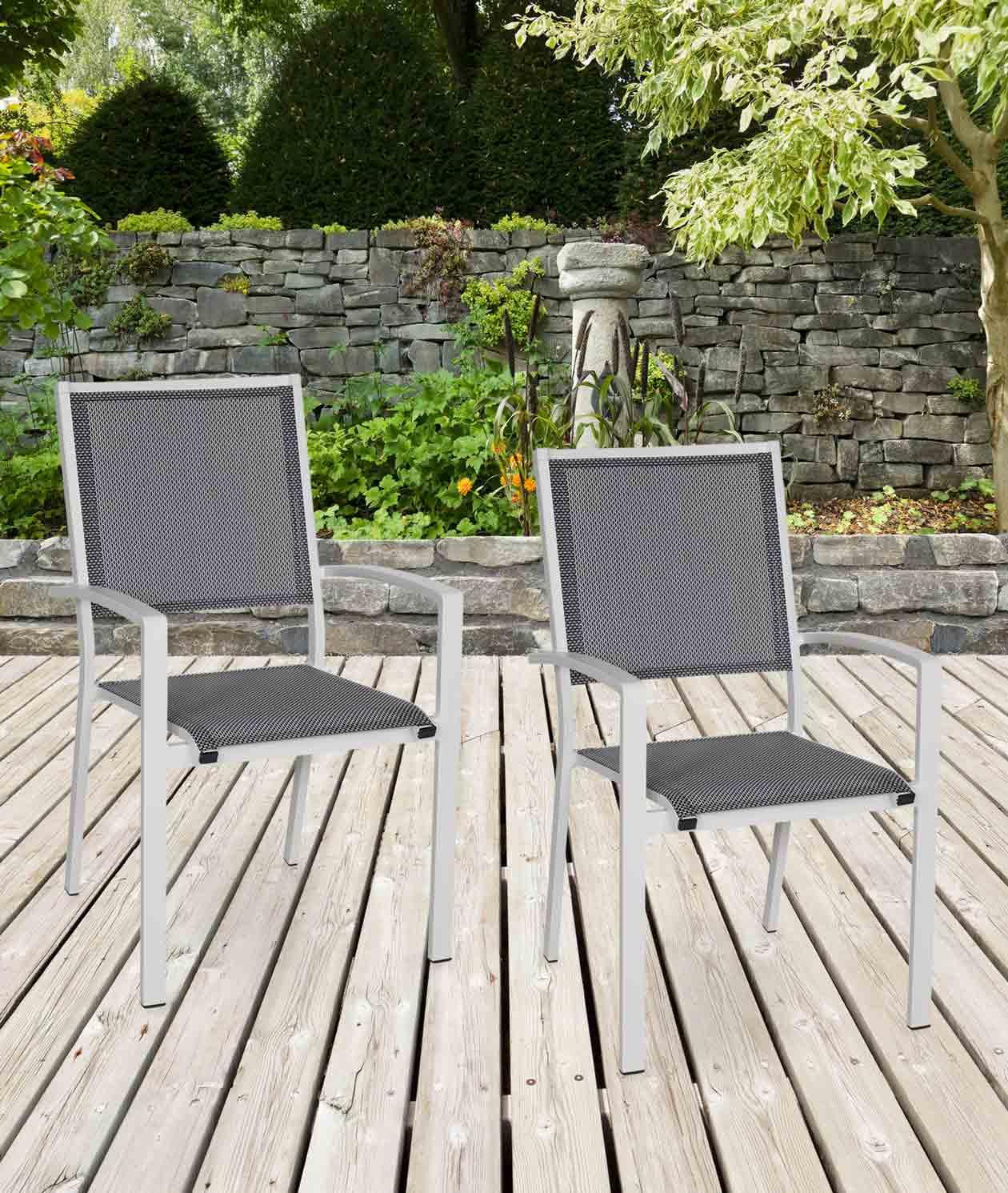 Lifestyle4Living Gartenstühle mit Textylenbezug in anthrazit und einem Gestell aus Aluminium in hellgrau, 2er-Set, Maße: B/H/T ca. 55,5/94/64,5 cm