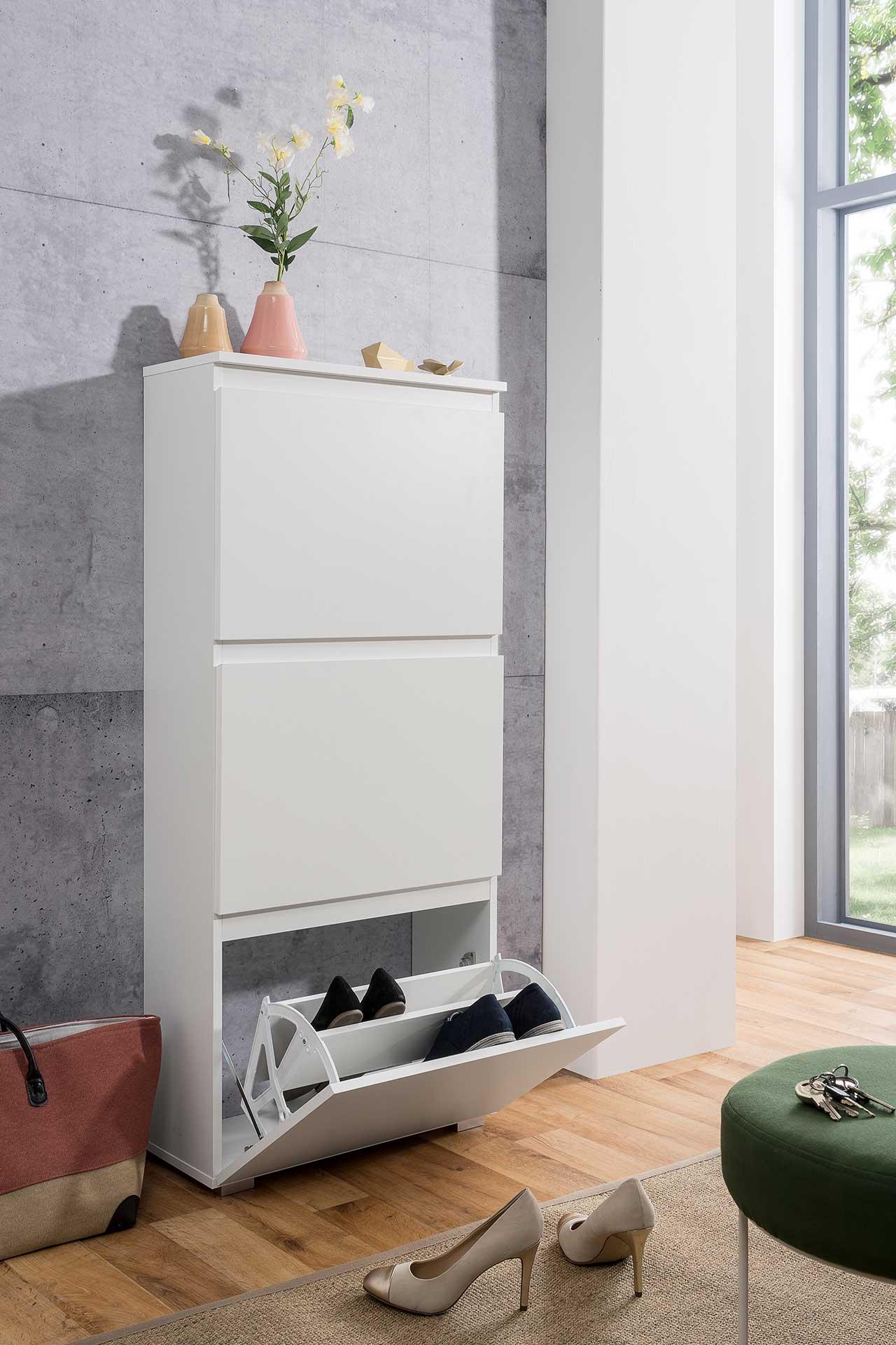 Lifestyle4Living Schuhkipper in weiß matt mit 3 Klappen, Maße: B/H/T ca. 58/133/25 cm